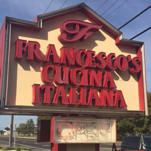 Shopping, Dining, Retail in Berlin, NJ | Taylor Woods Apartments - francescos